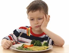 Nutricionista Infantil - Criança comendo dieta saudável