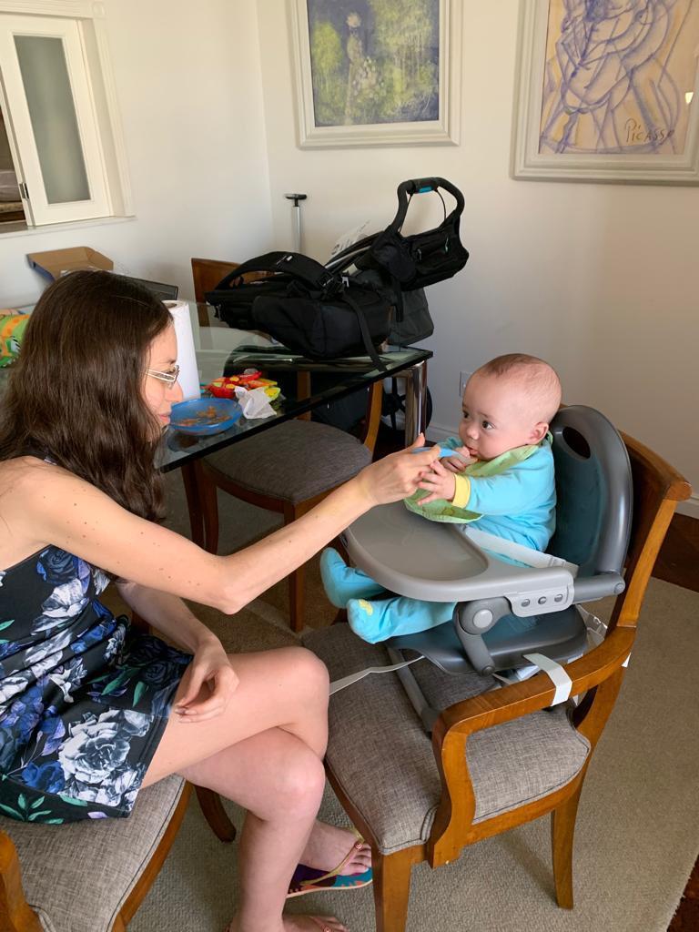 Nutricionista Juliana e o filhinho de 7 meses